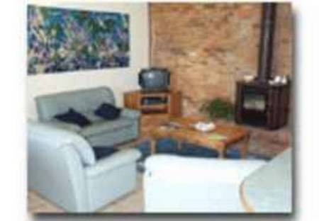 Sorrento Bluewater Cottage - Dalby Accommodation