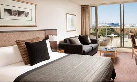 Quay West Suites Melbourne - Dalby Accommodation