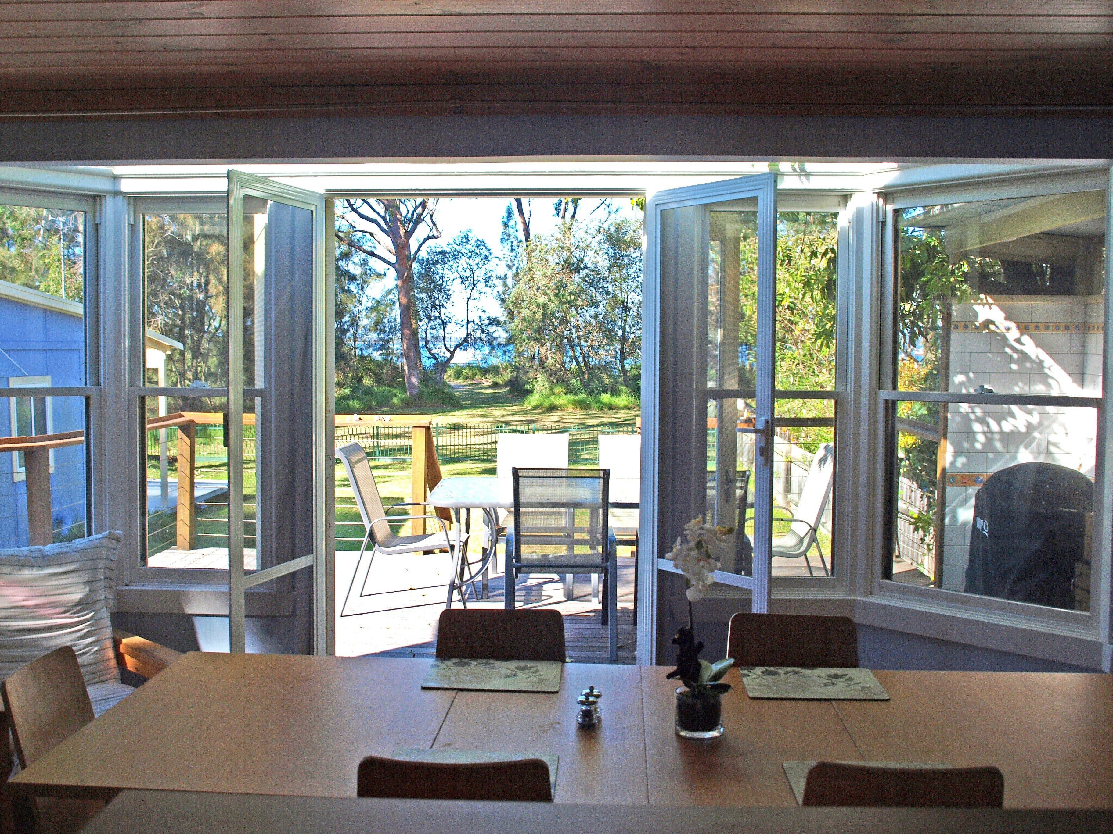 Waterfront Heaven - Dalby Accommodation