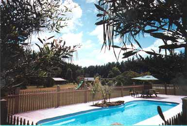 Maroo Park Cottages - Dalby Accommodation