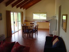 Fish Creek Farmview Cottages - Dalby Accommodation