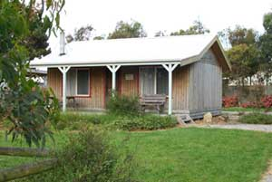 Prom Mill Cottages - Dalby Accommodation