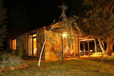 Wombat Hills Cottages - Dalby Accommodation