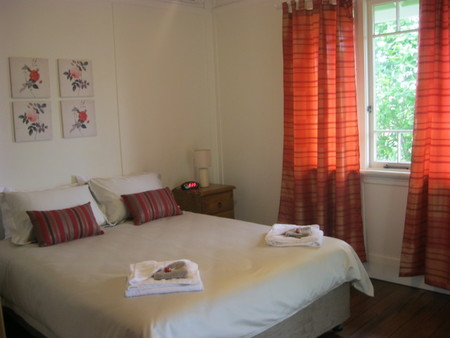 Blooms Cottage - Dalby Accommodation