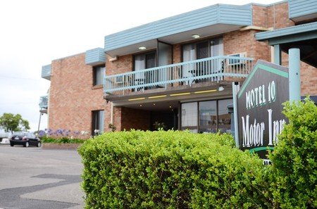 Bankstown Motel 10 - Dalby Accommodation